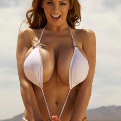 Jordan Carver Measurements are 43-24-35