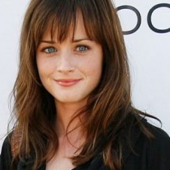 Alexis Bledel Measurements are 34-25-35