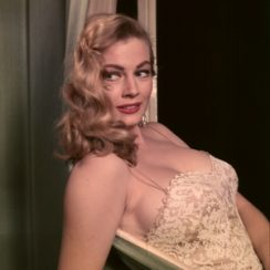 Anita Ekberg Measurements 40-24-36