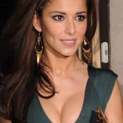 Cheryl Cole Bra Size is 34C