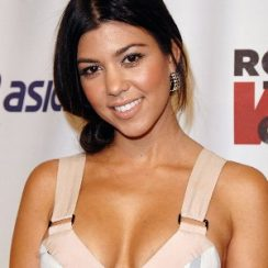 Kourtney Kardashian Measurements are 35-24-36