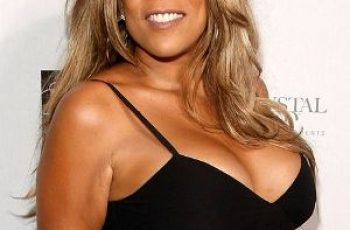 Wendy Williams Bra Size is 34FF