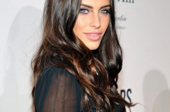 Jessica Lowndes height weight bra size measurements