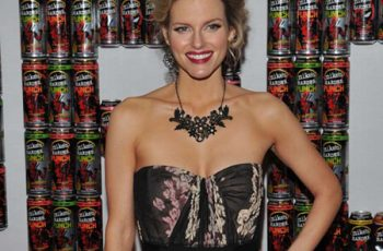 Chelsey Crisp Bra Size And Body Measurements