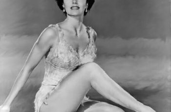 Cyd Charisse Bra Size And Measurements